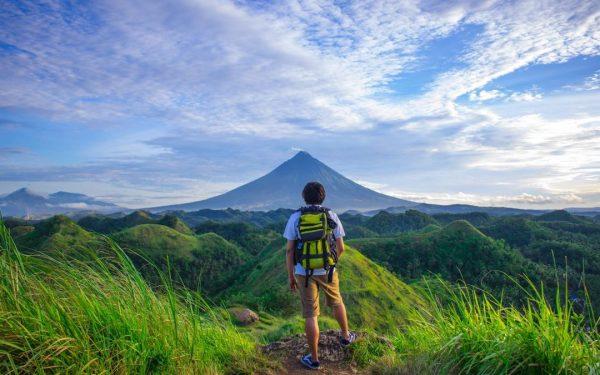 make money backpacking through Asia
